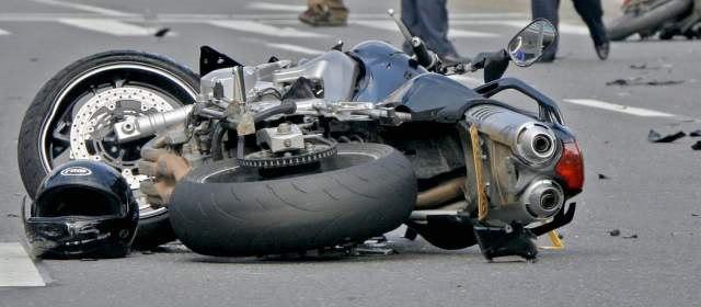 La Mejor Oficina Legal de Abogados Especializados en Accidentes, Choques y Percances de Motocicletas, Motos y Scooters en Riverside California